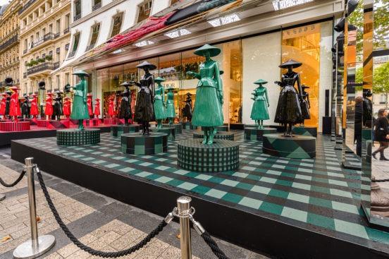 Animation de rue boutique Dior